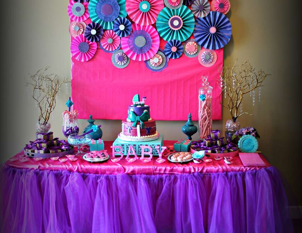 Baby girl baby shower ideas baby shower for parents for Baby shower decoration ideas for a girl