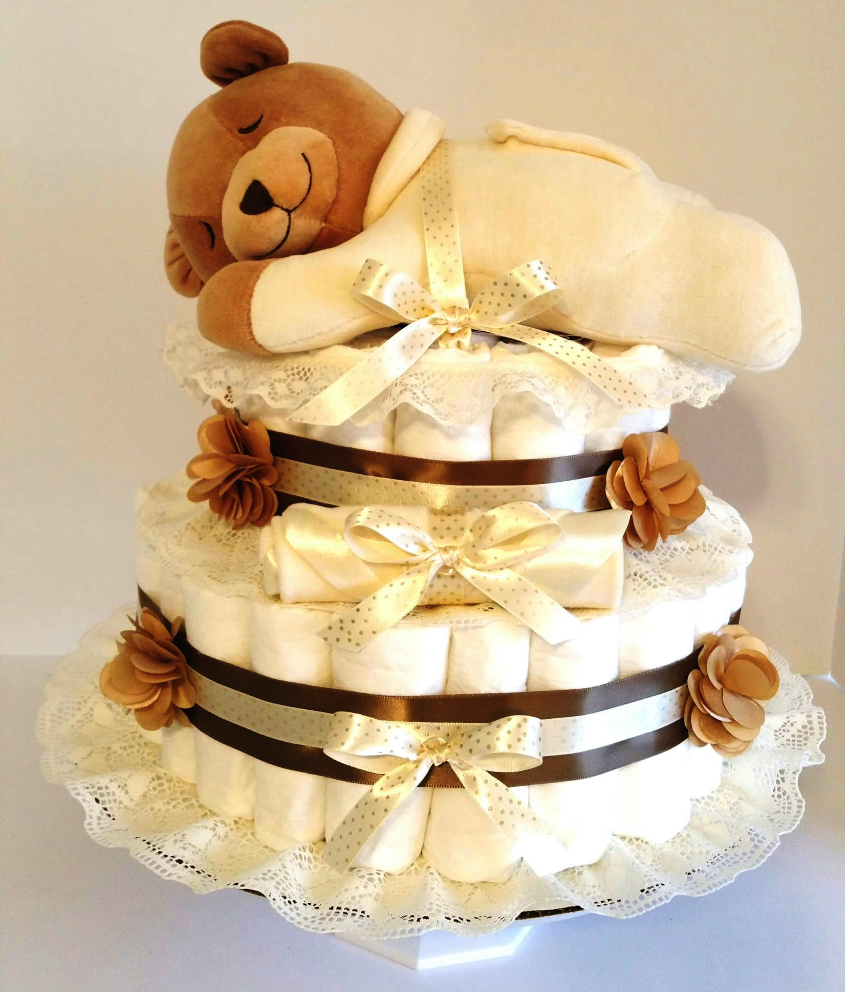 Gender Neutral Baby Shower Cakes