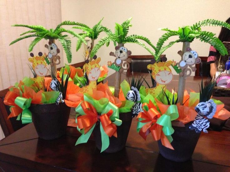 and inexpensive theme safari baby shower baby shower for parents