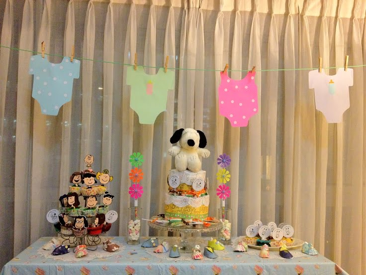 Indoor Snoopy Baby Shower Decoration Ideas