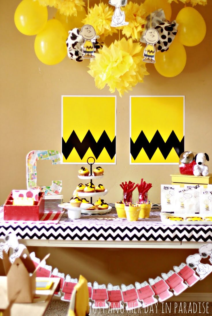 Yellow Snoopy Baby Shower Decoration